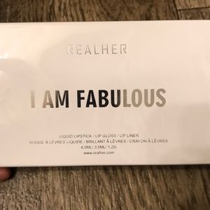 Realher I am fabulous lip kit - never opened!